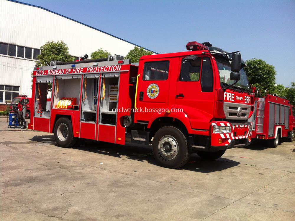 water foam fire truck 2
