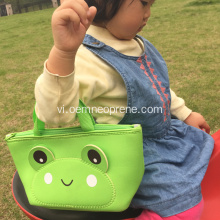 Green Frog Portable Backpack cho bé