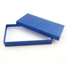 Boîte adaptée aux besoins du client de papier d'emballage de conception pour le cadeau, vêtement