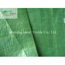 Зеленый автомобиль охватывает промышленные ткани/пологом ткань