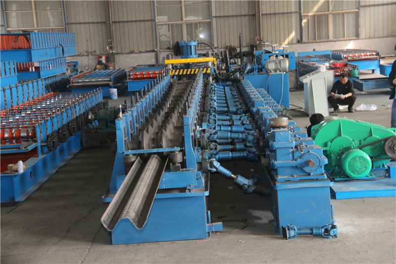 highway roll forming machines