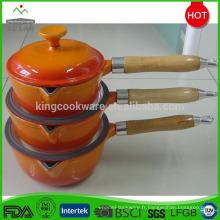 casserole en fonte émaillée avec 16cm