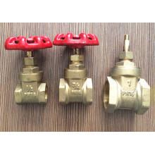 Válvula de puerta de control de cobre amarillo de las ventas de la fábrica con la manija del hierro (YD-3005-1)