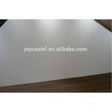Contreplaqué en mélamine de qualité pour la décoration, le mobilier et l'emballage