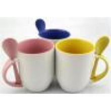 Regardez bien cuillère tasse, tasse en céramique