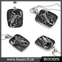 Collier pendentif en métal scorpion en relief à la mode pour homme
