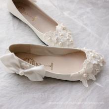 La dama de honor blanca del lazo-corbata calza los zapatos hechos a mano de las señoras del vestido del vestido de boda de la perla WS013