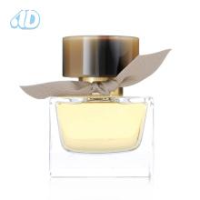 A garrafa de perfume de vidro quadrada do animal de estimação do anúncio-P188 ajustou-se 90ml 25ml