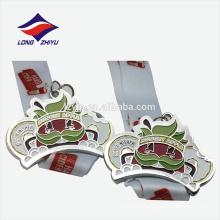 Medalha de acabamento de lembrança de liga de zinco colorida em 3D personalizada
