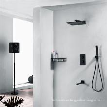 Modernos grifos termostáticos de ducha de tres funciones
