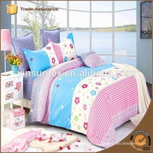 beautiful flower small check bedding set