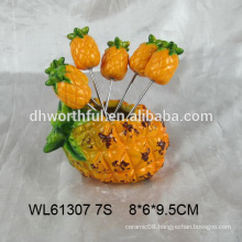 Lovely pineapple shaped ceramic fruit fork set / ceramic fruit pick in pineapple shape
