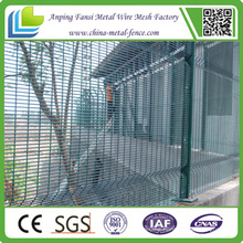 China Supplier 3.297m Width Powder Coating 76.2mm X 12.7mm Clearvu Mesh Welded Panel Fence