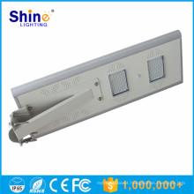 Tudo em um iluminação de rua solar integrada 20W para sistemas solares domésticos / outdoor