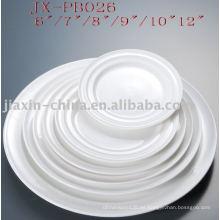 plato redondo de porcelana blanca