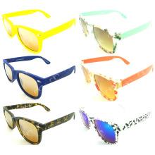 Новый цветной шаблон Горячие продажи UV400 Wayfarar солнцезащитные очки (20131)