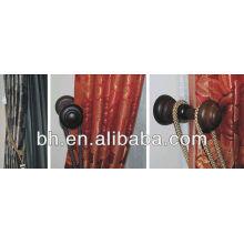 Janelas de madeira modernas, pintura de deco de madeira, trilho de roupa de madeira