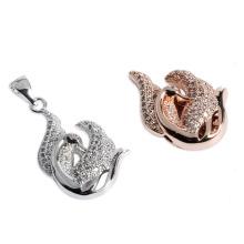 Jóia de cisne de cobre banhado a prata com zircão cúbico
