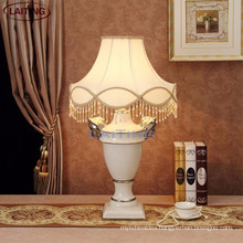 Luxury white folding dimmable led table lamp solar desk lamp 2159