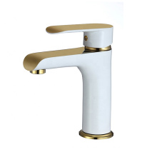 YLB0136 Chrome polished cold and hot water mixer tap bathroom water basin faucet