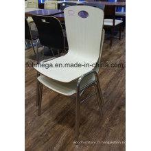 Faites sur commande les chaises empilables de salle à manger de cour de nourriture (FOH-SBC02)