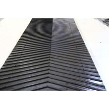 Грубый верхний и плоский верхний резиновый конвейерный пояс