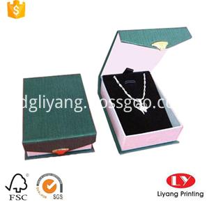 folding necklace box