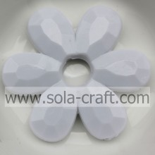 professional factory for Plastic Flower Beads Fashion Acrylic White Solid Flower Faceted Jewelry Necklace Beads export to Suriname Factories