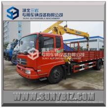 Dongfeng Tianjin 4X2 grúa montada en camión 4000 Kg, 4 toneladas plegable grúa de camión grúa