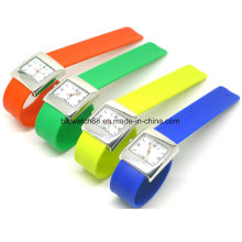 Hot Sale 2017 Slap on Analog Silicone Watches for Kids Teenager