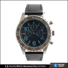Los hombres miran el reloj del acero inoxidable cuarzo miyota movimiento precio de fábrica