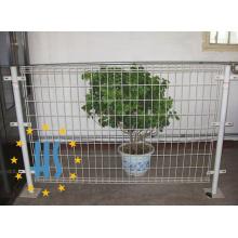 Geschweißter Draht-Doppelt-Schleifen-Zaun
