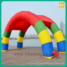 Arco inflável do evento ao ar livre para a decoração do casamento