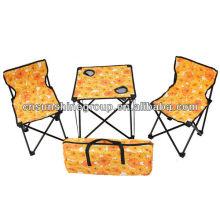 Conjunto de mesa dobrável portátil e cadeira.