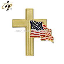 China Hersteller benutzerdefinierte Gold Emaille Metall Flagge Pin Abzeichen