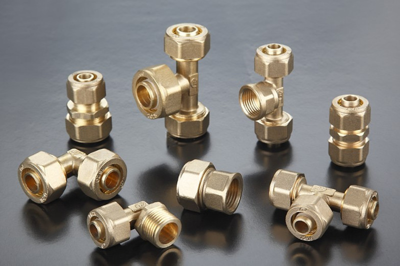 Pex-Pipe-Fittings-Coupling-Brass