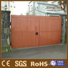 Ocio, durable, valla de madera WPC adaptada en la puerta principal de Villal