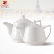 Nouveau pot de thé en porcelaine blanche