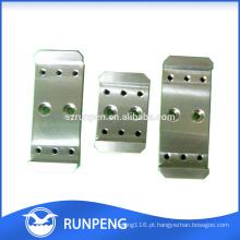 Peças mecânicas que estampam peças de metal de folha personalizadas