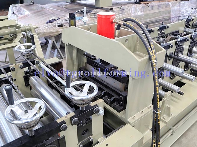 Steel Cz Interchange Purlin Machine