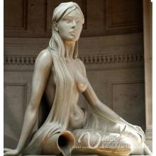 Strömende Wasserstatue der Bronzebrunnenfrau