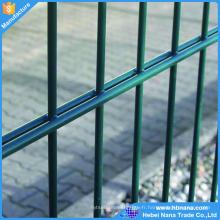 Clôture de treillis métallique double, Pvc enduit panneau de clôture de double fil 868, vert ou noir couleur fil double tige double treillis métallique à vendre