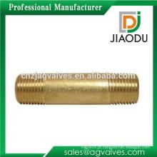 Alta qulity e preço baixo fabricação Zhejiang forjado amarelo latão metrico rosca macho tubo roscado para água