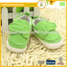 El nuevo bebé encantador superventas 2014 del estilo embroma el zapato infantil