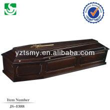 Cruz de ouro com um caixão de boa qualidade