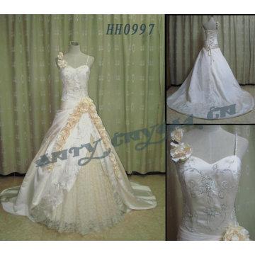 2011 heiße Verkauf neue Entwurfsdamen modernes elegantes kundengebundenes reales emboridersingle Isolationsschlauchbügel Brautkleidkugel gownHH0997