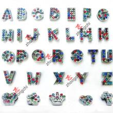 Encantos coloridos de la diapositiva del alfabeto / de la letra del Rhinestone para la joyería de DIY (SC-26)