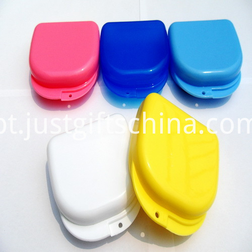 Promotional Small Size Rounded Rectangle Denture Box With a Hole (2)