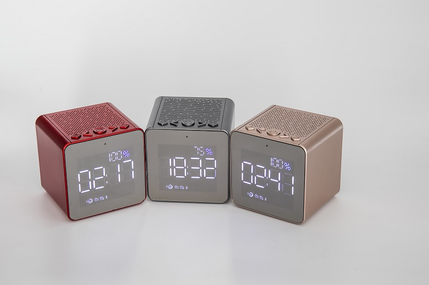 Bluetooth Speaker With Screen
