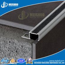 Inserção de Carborundum Preto / Extruded Aluminium Stair Nosing